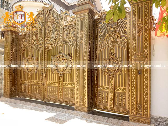 Vẻ đẹp của bộ cổng khiến ai cũng phải