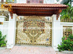 Cổng nhôm đúc CN-69 nét đẹp cổ điển cho ngôi nhà